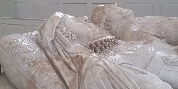 Effigies-of-Richard-&-Margaret-Verney-01-BT