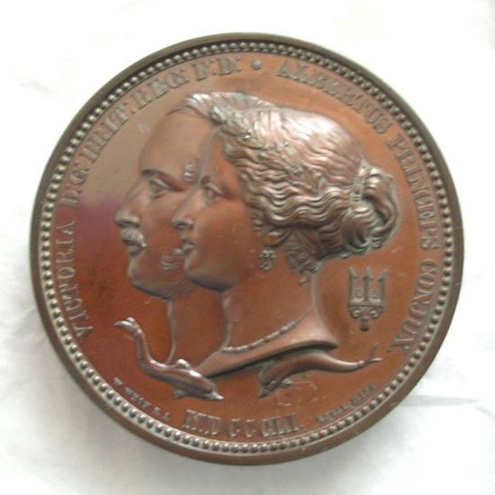 Medal of Queen Victoria and Prince Albert